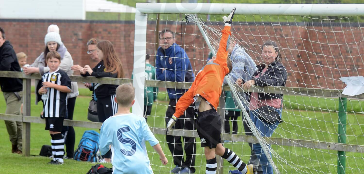 Dunbar United Colts F.C. - East Lothian Youth Football for Goalkeepers